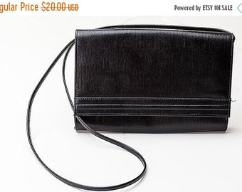 25% OFF STOREWIDE SALE Vintage Cabrelli Canada black faux leather shoulder bag - c. 1960s 1970s 1980s textured, reptile skin-like black clut