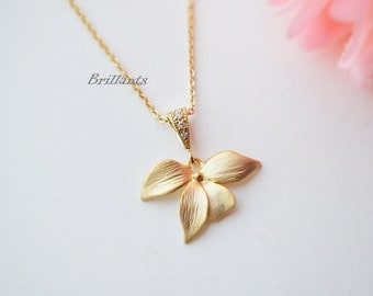 Orchid flower pendant necklace, Flower necklace, Bridesmaid gift, Everyday necklace, Wedding necklace