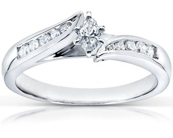 Marquise Diamond Engagement Ring 1/4 Carat (ctw) In 14k White Gold
