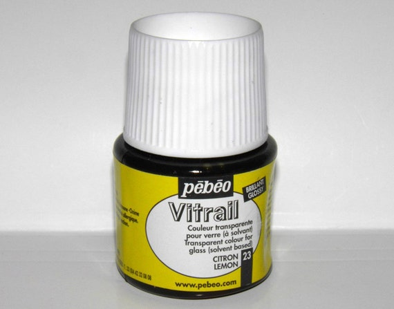Pebeo vitrail 23 lemon color imitation of stained glass for Solvent based glass paint