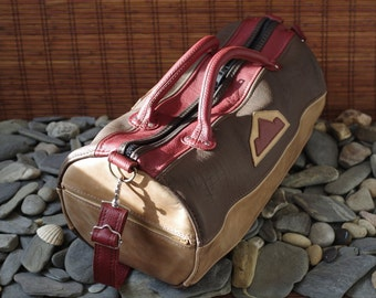 sports bag, travel bag, duffle bag, leather brown, ocher and red