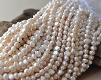"""White Freshwater Nugget Pearls 7-8 mm 16"""" Strand"""