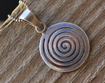 Sterling Silver HYPNOTIC SWIRL Pendant Necklace