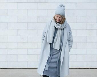 3 meters merino wool overlong scarf in Light Grey. Handmade, super soft.