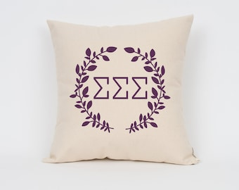 Sigma Sigma Sigma Wreath Pillow // Choose Your Ink Color // Greek Letter Pillows // Sorority Pillow // Big Little Gift // Sorority Letters