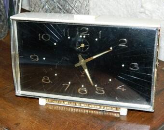 "french vintage. french old Clock. Former awakening JAZ. Model DISCRETO.  format: 6.69 ""x 4.33"" x 2.36 ""(inches)"