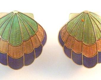 Vintage Cloisonne Enamel Sea Shell Clip On Earrings.