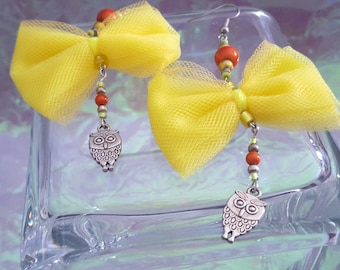 BALANCE earrings made of tulle, size dangling earrings with owls!