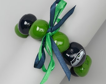 Kukui Nut Seahawks Bracelet