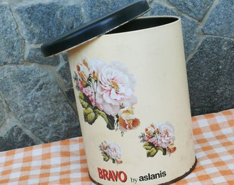 Vintage 1970s Floral Tin Decorative Tea, Coffee or Biscuit Container, Folk Retro
