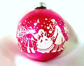 Vintage Christmas Ornament - Hot Pink Stenciled Carolers Christmas Ornament