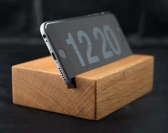 iPhone 6 Stand. Unique White Oak Wood Stand Dock for iPhone 6