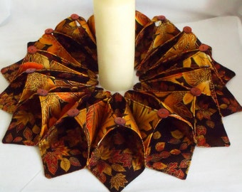 candle mat, table centrepiece, table decor, candle holder, rustic wreath, autumn fall colours