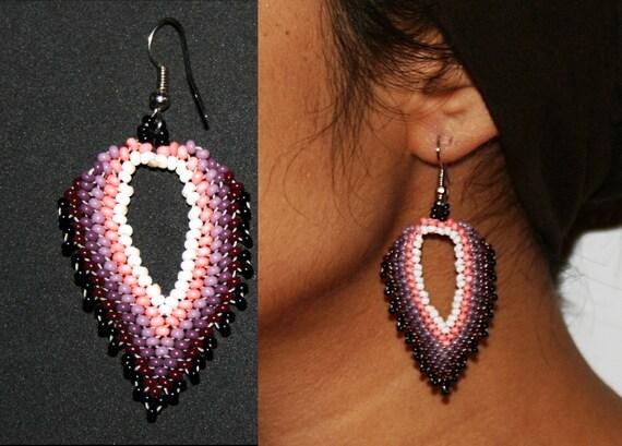 Peyote Stitch Beaded Feather Earrings, Huichol Beaded Earrings, Huichol Earrings, Traditional Beadwork, Native American Peyote Beadwork