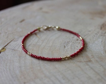 Simple Red and Gold seed bead bracelet