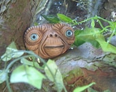 E.T Tree Face. Handmade sculpture, statue garden ornament. A great gift idea.  A gift for birthdays and all garden lovers.