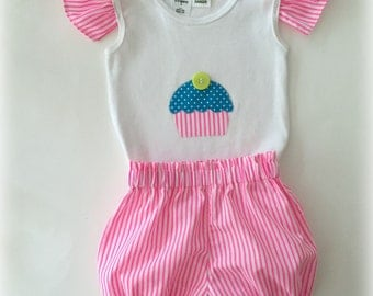 SALE!! Handmade - Baby Girls Applique top and Bloomer shorts set Size 0
