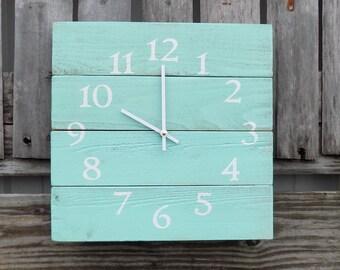 Rustic Wood Clock, Beach Clock, Aqua wood clock, Pallet Wood Clock, Rustic Wall Clock, Primitive Clock, Shabby Chic Clock, Pallet like clock
