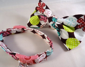 Cat Collar optional bow // Burgundy & green pattern