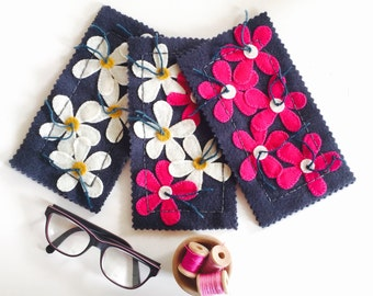 EMBROIDERY APPLIQUE KIT Daisy Sunglasses Case Kits in pure wool