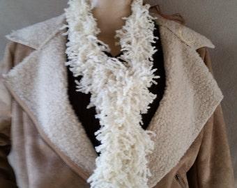 Hand-Knitted Vanilla Fizzle Yarn Scarf