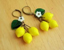 Lemon earrings, 40's inspired czech glass citrus fruit earrings.