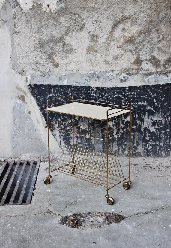 petite table range disque roulettes m tal dor plateau. Black Bedroom Furniture Sets. Home Design Ideas