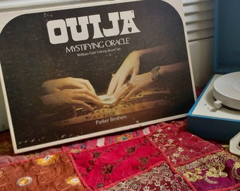 Vintage 1972 Ouija Board Parker Brothers 1970s Halloween Seance Occult Retro Board Games William Fuld Ouija Talking Board Mystifying Oracle