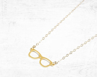 Statement necklace, eyeglass necklace, geek necklace, gold glasses necklace, hipster pendant, gift under 50, gift for her.