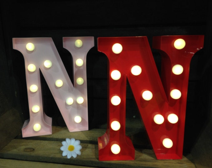 Vintage Carnival Style Marquee Light, Light up Letter N - Battery Operated/Various Colours - Perfect Night Light/Gift/Wedding Decor