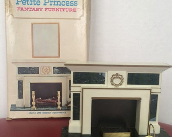 Vintage Ideal Petite Princess Fantasy Furniture Fireplace And Accessories With Original Box - 4422-2 200 Regency Hearthplace 1964