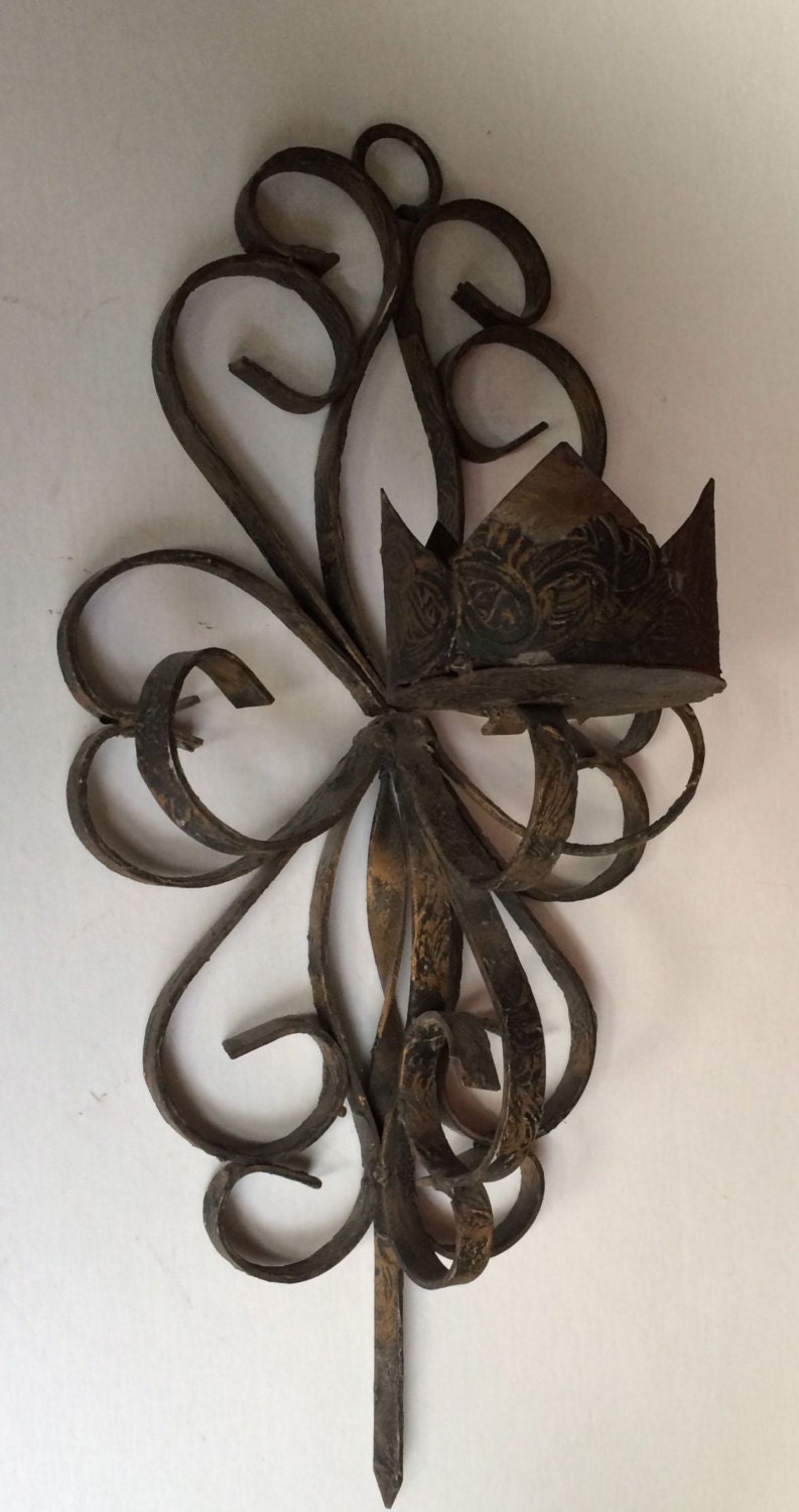 Wall Sconce Candle Holder Wrought Iron : Vintage Black Wrought Iron Gothic Candle Sconce Wall Hanging