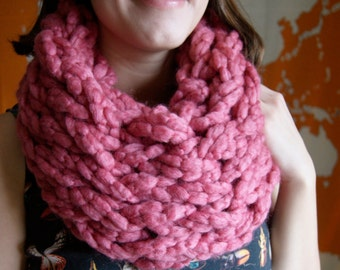 Rose Pink Chunky Knit Infinity Scarf