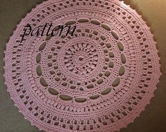 Crochet pattern around Zpagetti dressing.