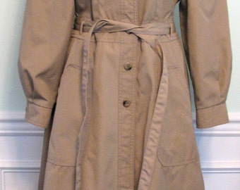 1970s Trench Coat Spy Princess Weather Wise