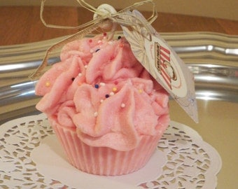 Cup Cake Candle with Sprinkles - Strawberry