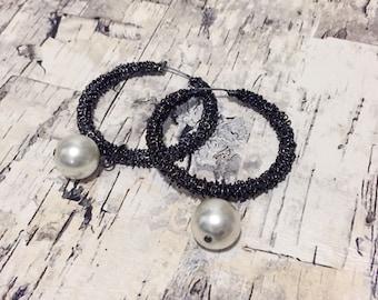 Pearl hoop earrings. 1990s beaded earrings. Gunmetal hoop earrings. Pearl earrings. Dangle and drop earrings. Big pearl earrings. FREE SHIP