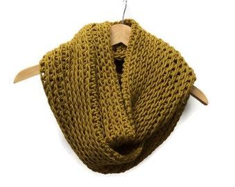 Mustard yellow crochet cowl, honey scarf, triple luxe cowl, infinity scarf, crochet circle scarf, chunky crochet cowl, warm winter scarf