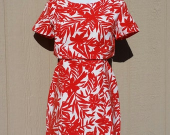 Vintage Red and White Hawaiian Print Dress