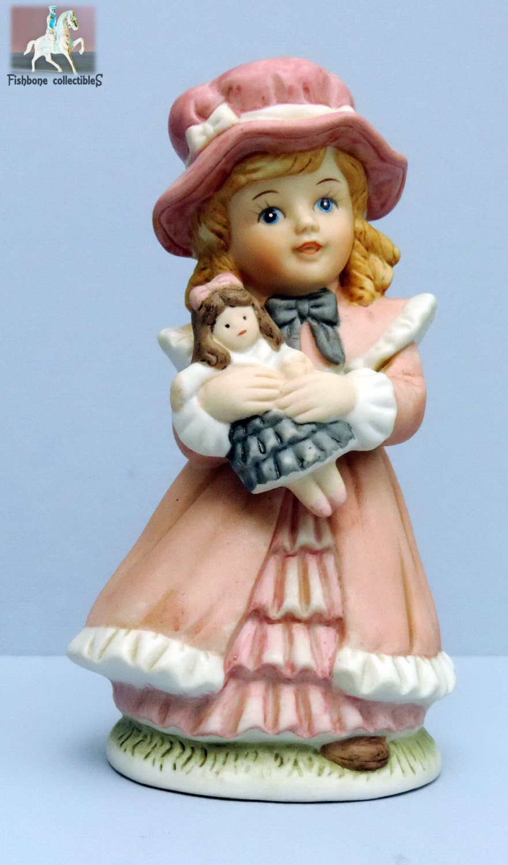 Homco 1419 Victorian Girl Blue Eyes Pink Bonnet Holding