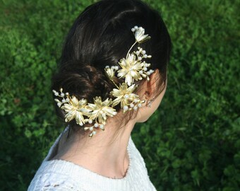 Leaves and Flower Accessory Pearl Gold Roman Antique for special occasion and wedding Handmade