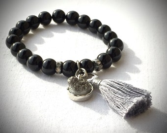 Black Onyx Tassel Bracelet, Stretch Bracelet, Druzy Bracelet, Beaded Bracelet, Gemstone Bracelet, Meditation Yoga Bracelet, Silvertone