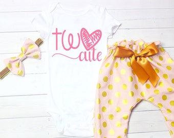 Second Birthday Outfit Girl, Pink Birthday Outfit, 2nd Birthday Outfit, Girls Second Birthday, Gold Birthday, Baby Girl Clothes