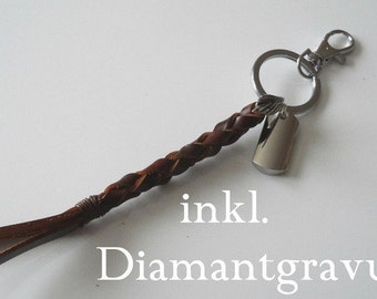 Brown leather key ring with engraving