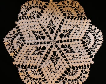 Vintage crocheted doily - off white