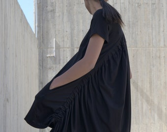 black dress, black cotton dress, short sleeves, black summer dress, avant-garde, structured dress, 'ARCUATE' DRESS
