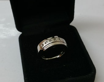 Ring 925 Silver with 5 clear Crystal stones SR642