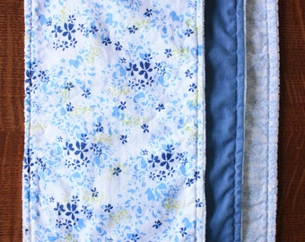 Blue Burp cloths - Floral burp cloths - Baby girl burp cloths - Baby girl gift