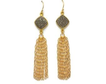 Druzy Tassel Earrings, Druzy Earrings, Gold Tassel Earrings, Gold Chain Tassel Earrings, Gray Druzy Earrings