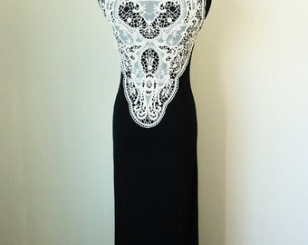 Must Have Collection - Lace Maxi Dress With Detail on Back